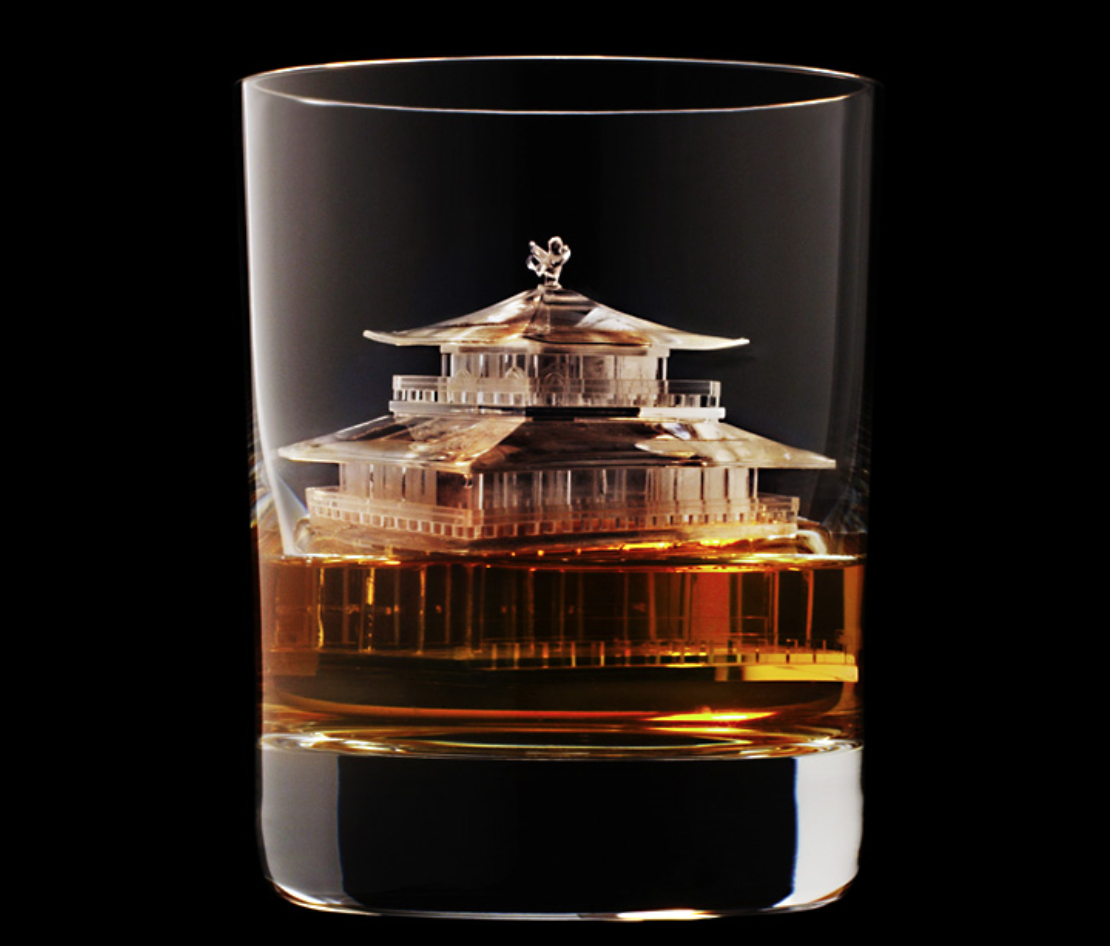 Suntory's printed premium ice sculpture